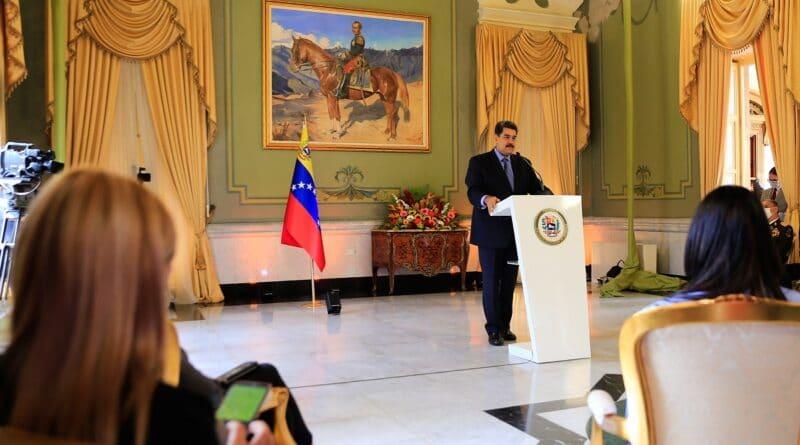 Alexander Yánez New Venezuelan Ambassador in Bolivia