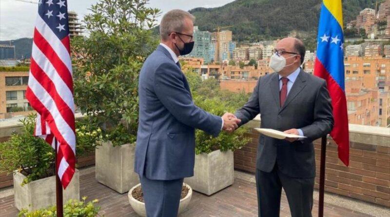 "James Story, US ""virtual ambassador"" in Venezuela, presents his credentials to Venezuelan opponent Julio Borges in Colombia, December 7, 2020."