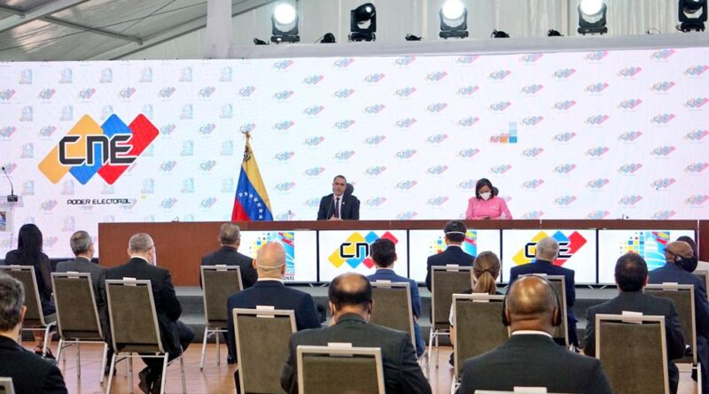 Venezuela' CNE preents voting system to the diplomatic corp
