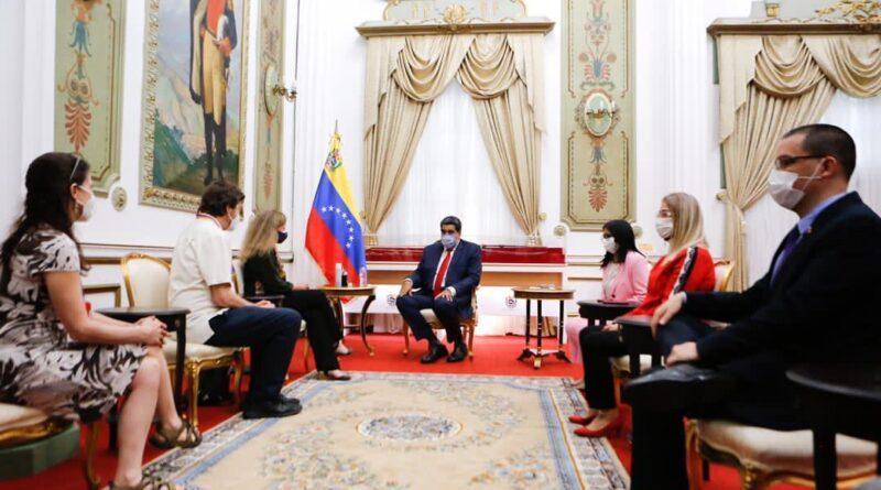 Venezuelan Embassy Protectors meeting President Maduro