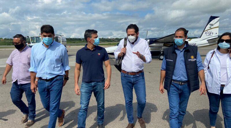Leopoldo Lopez traveling Colombia in a Narco-Jet. Photo courtey of La Tabla.