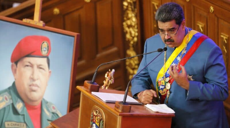 Featured image: Against many expectations, Maduro stood in front of the AN for his annual address (Photo: REUTERS/Manaure Quintero).