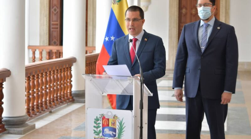 Featured image: Venezuelan Foreign Affairs Minister, Jorge Arreaza denouncing the illegal US maneuver to sale CITGO shares. Photo courtesy of MPPRE.