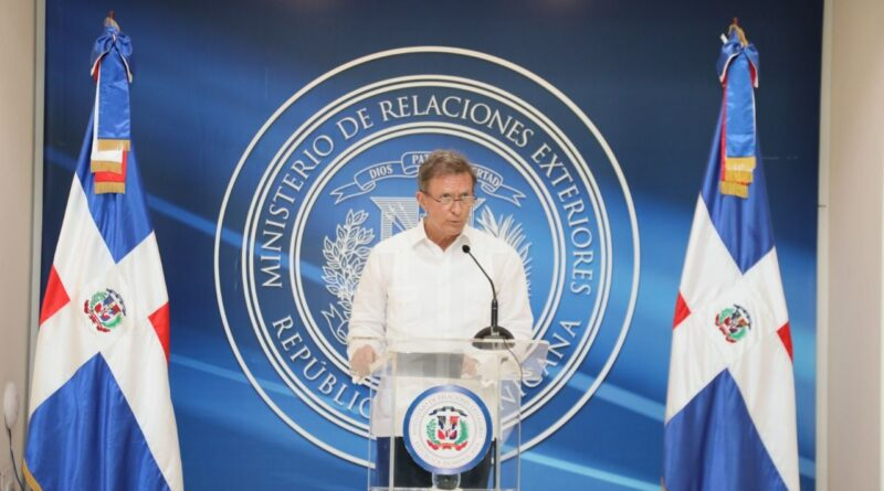 Featured image: Dominican Republic stop recognizin former deputy Guaido in Venezuela. Photo courtesy of Diario Panorama.