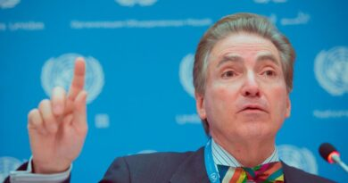 UN Independent Expert Alfred de Zayas: 'This is How the Human Rights Industry Works'