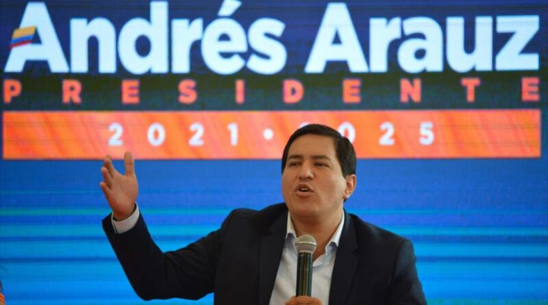 The Ecuadorian presidential candidate Andrés Arauz offers a press conference in Quito, Ecuador, February 9, 2021. (Photo: AFP).