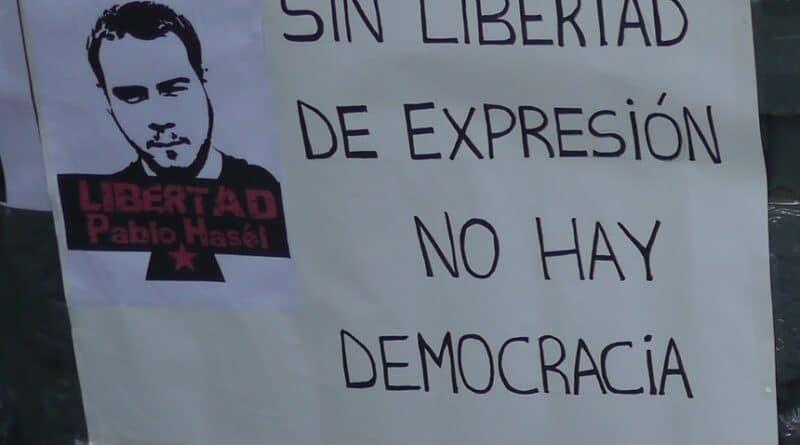 Pablo Hasel concert poster by Colectivo Argentino en Solidaridad con el Pueblo Catalan.