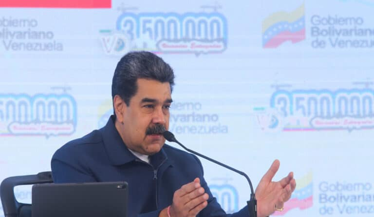 Featured image: Venezuelan President, Nicolas Maduro delivering public house 3,5 million on March 18, 2021. Photo courtesy of Prensa Presidencial.