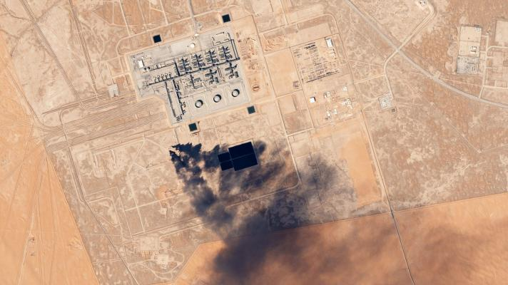 Featured image: This is not the first time that Yemenis have attacked Saudi oil infrastructure (Photo: Planet Labs).
