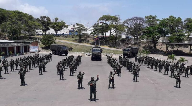 Featured image: More Venezuelan troops deployed in Apure state to expel Colombian narco terrorist groups. Photo courtesy of CEOFANB.
