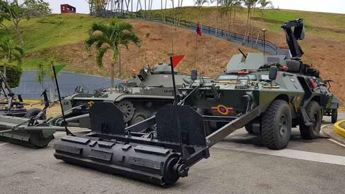 Military unit designed by Venezuelan engineers to clear the border with Colombia. (Photo: Twitter / @dhernandezlarez)