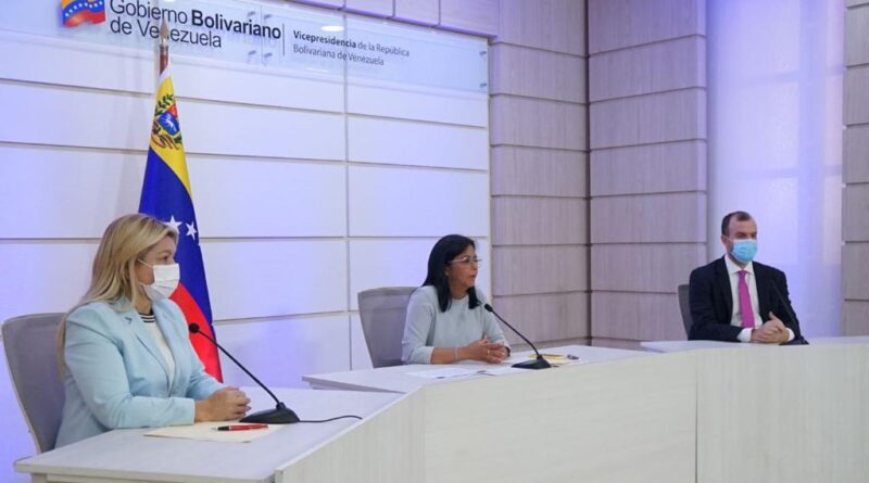 Featured image: Venezuelan VP, Delcy Rodriguez, explains in detail the economic measures announced by President Maduro on Wednesday, April 6, to counter the effects of COVID-19's second wave in the economy. Photo courtesy of the Office of the Venezuelan Vice Presidency.