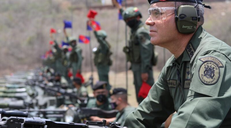 Venezuelan minister for defense, Vladimir Padrino Lopez. Photo courtesy of RedRadioVE.