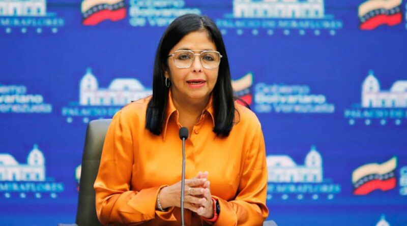 Featured image: Venezuelan Vice President Delcy Rodriguez announcing on Saturday, April 10 that Venezuela had payed 50 in advance for the purchase of it's COVAX vaccines allocation. Photo courtesy of Prensa Presidencial.