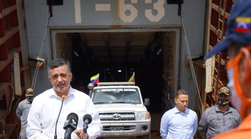 Featured image: Sacha Llorenti, the Secretary General of ALBA-TCP delivering new humanitarian aid to Saint Vincent and the Grenadines and recognizing the humanitarian work carried out by Venezuelan and Cuban specialists for several weeks. Photo courtesy of @ALBATCP