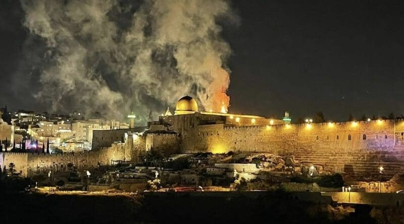 Featured image: Fire near the historic and holy Al-Aqsa, Jerusalen, after heavy attacks of Israel repressive forces and settlers, Monday, May 10. Photo courtesy of RIA Nobosti.