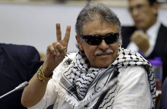 Featured image: FARC-EP commander Jesus Santrich wearing a Palestine scarf (keffiyeh). File photo.