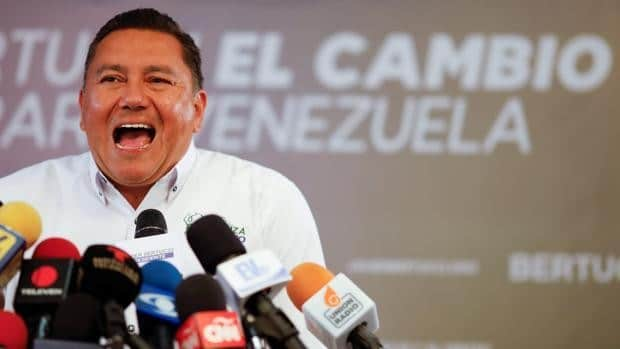Featured image: Venezuelan opposition politician Javier Bertucci during a press conference. File photo.