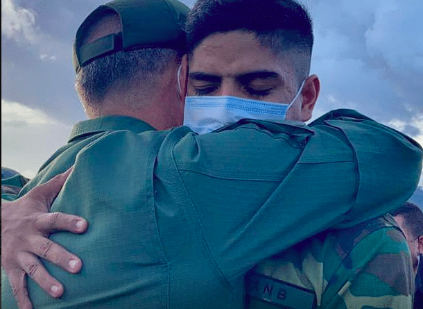 Featured image: Venezuelan Minister for Defense, Vladimir Padrino receiving with affection one of the soldier release from Colombian narco terrorist gangs captivity. Photo courtesy of CEOFANB.