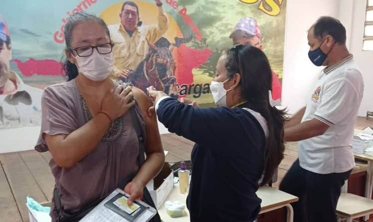 A Mexican refugee being vaccinated in Apure state, Venezuela. Photo courtesy of MPPRE.