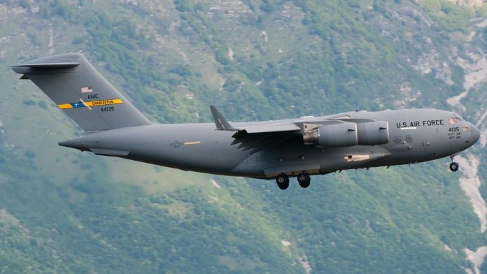 A Boeing C-17 Globemaster III similar to the one that violated Venezuelan airspace. Photo courtesy of Boeing.