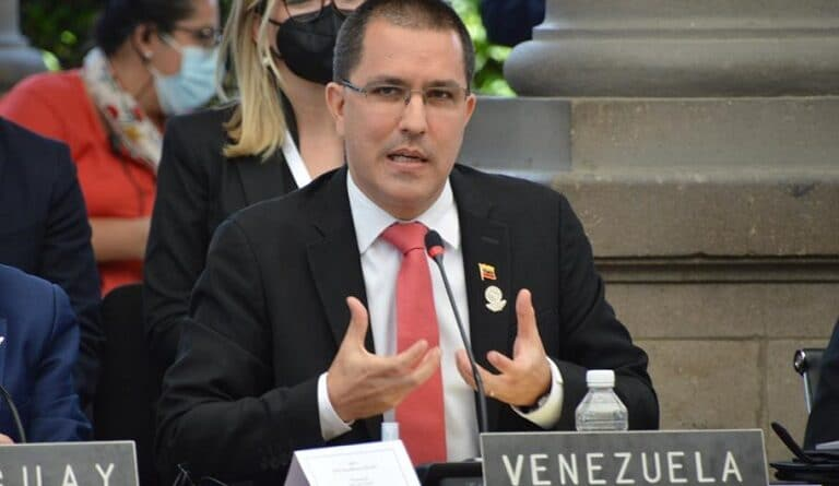 Jorge Arreaza the Venezuelan Chancellor during his speech at the CELAC summit. Photo courtesy of MPPRE.