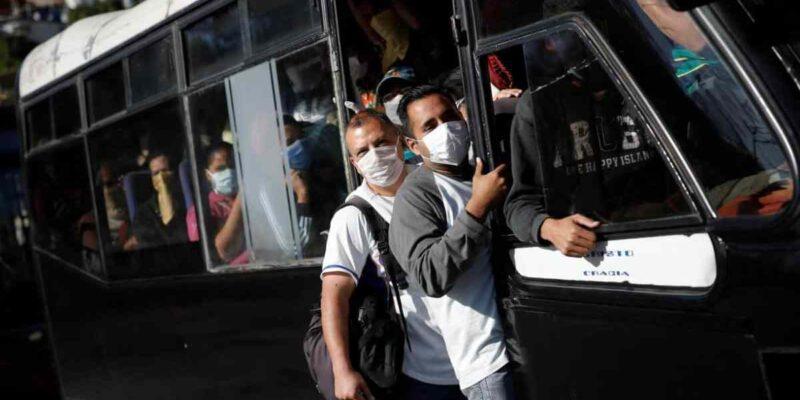 Venezuelans on public transport. Wearing face masks and acting responsibly. File photo.