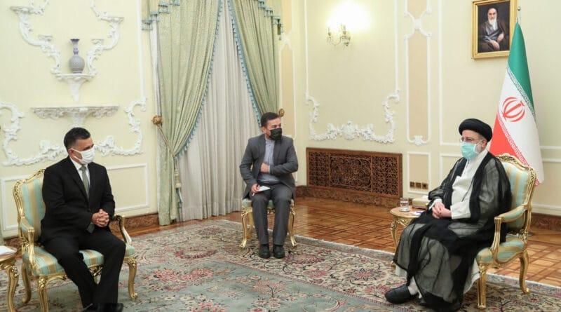acha Llorenti, Executive Secretary of ALBA-TCP in a meeting with the New Iranian President Ebrahim Raisi. Photo courtesy of Twitter / @SachaLlorenti .
