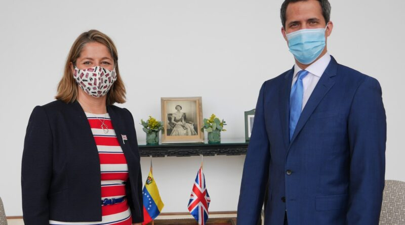 """New head of UK's diplomatic mission in Caracas, Rebecca Buckingham, with former deputy Guaido that she calls Venezuelan """"constitutional interim president."""" Photo courtesy of Twitter / @HMGBecksB ."""