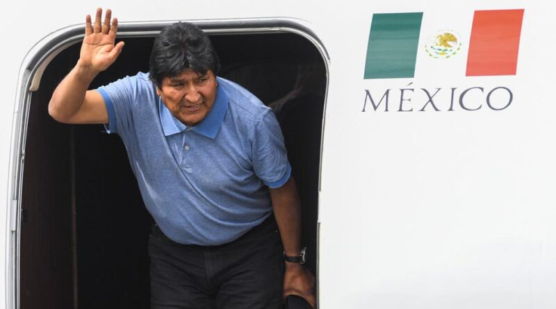 Evo Morales arriving at Mexico in a Mexico Air Force jet on November 12, 2019, after escaping the coup plotters in Bolivia. Photo AFP.