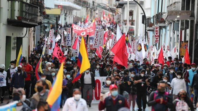 Demonstrators participate in a day of protests against the reforms carried out by the Government of President Guillermo Lasso today, in Quito (Ecuador). EFE / José Jácome