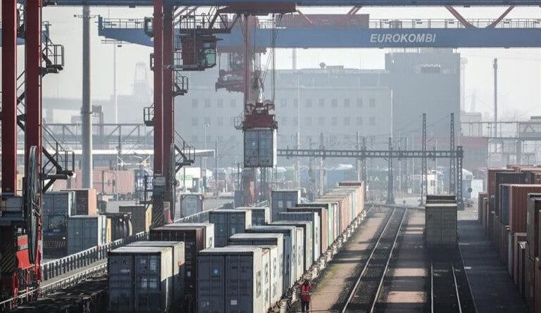China is consolidated as the strongest economy in the world. Photo courtesy of EFE.