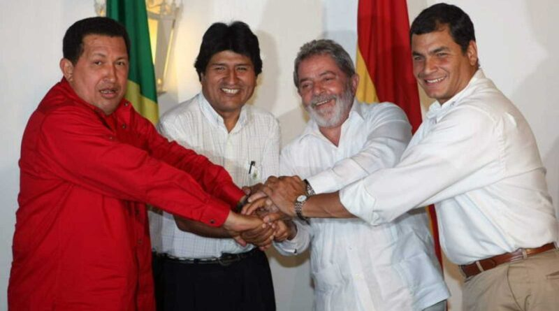 Archive photograph of Hugo Chávez, along with his Bolivian counterpart Evo Morales; from Brazil, Luiz Ignácio Lula da Silva, and from Ecuador, Rafael Correa. EFE EFE / RAIMUNDO VALENTIM.