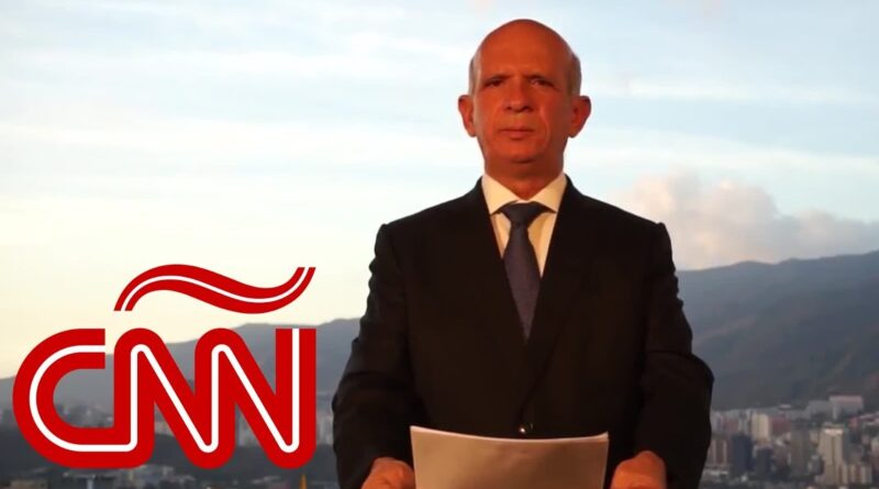 """Featured image: Retired Mayor General Hugo Carvajar in his CNN widely broadcasted statement supporting the US led """"regime change"""" operation with former deputy Guaido appointing himself as """"interim president"""" of Venezuela. Photo courtesy of CNN en Espanol."""