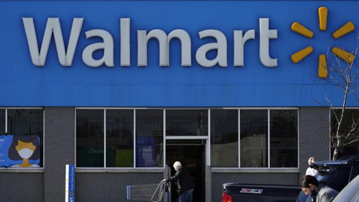 A Walmart supermarket in Rolling Meadows, Illinois, USA (Photo: Nam Y. Huh / AP).