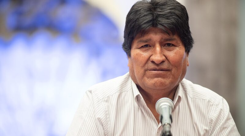 Regarding the defense of democracy, Morales reiterated that the indigenous movements will remain alert. Former Bolivian President Evo Morales. Photo courtesy of EFE.