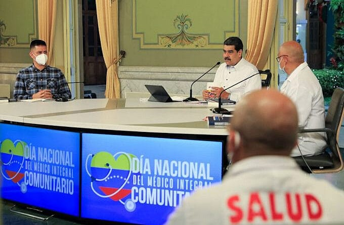 Venezuelan President Nicolas Maduro during a working meeting in the Miraflores Palace, Caracas on Friday, October 8. Photo courtesy of Presidential Press.