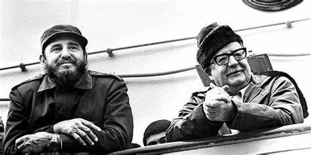 Cuban leader Fidel Castro along Chilean martyr President Salvador Allende. File photo.