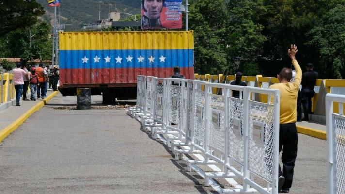 The containers that blocked the border crossing between Cúcuta and San Antonio del Táchira have been removed by the Bolivarian Government after commercial opening and population mobility (Photo: Ferley Ospina / Reuters).